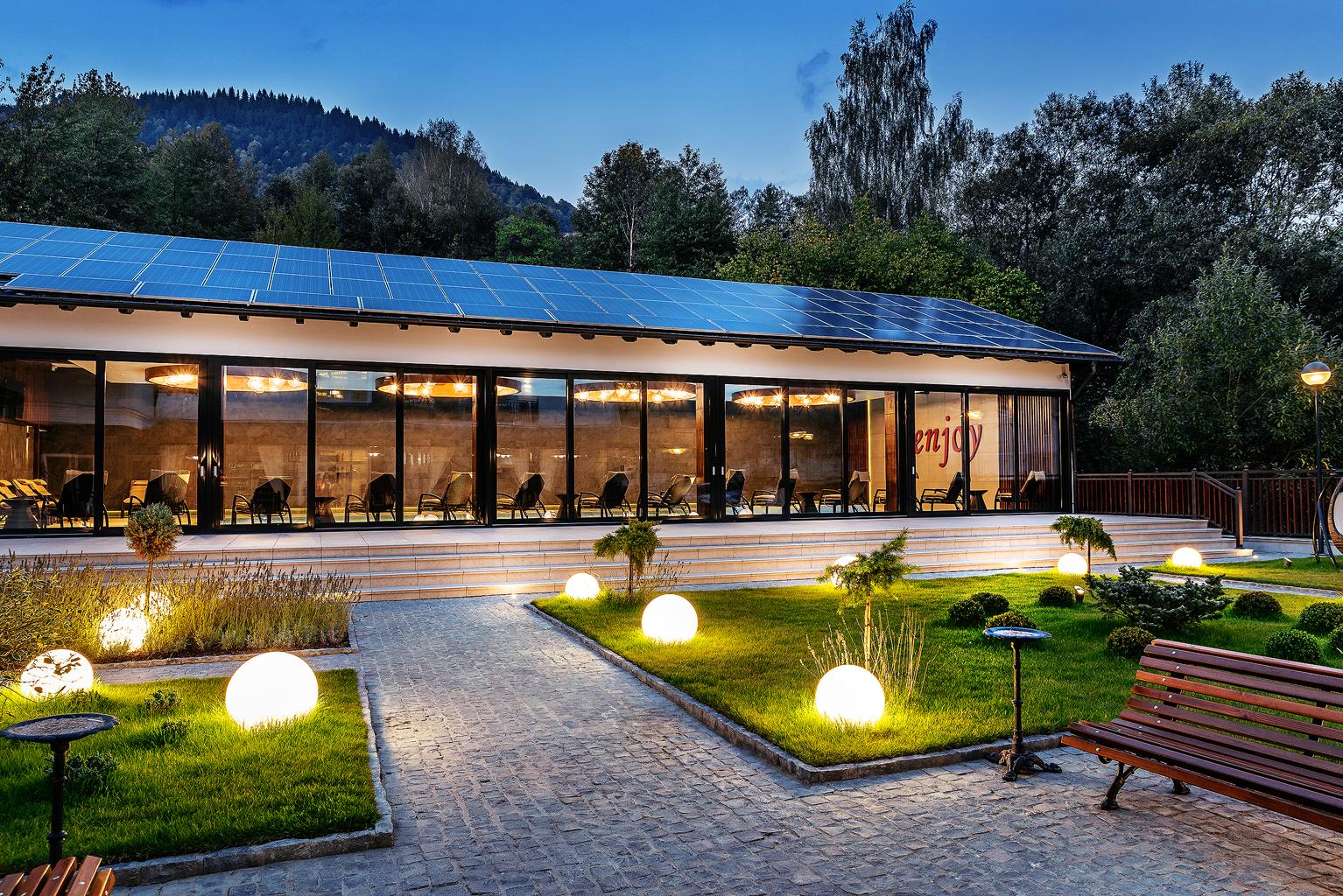 nord_hotel_curte-interioara-02_rsz1535